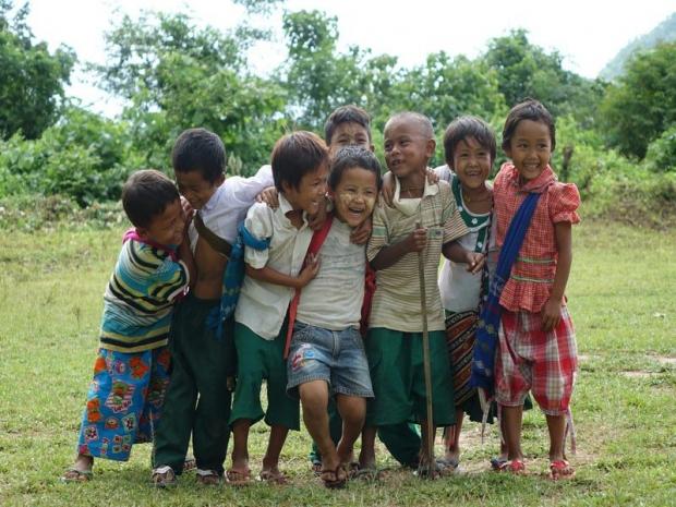 Kindjes in Myanmar