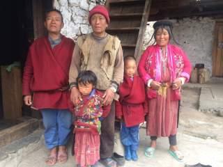 Familie Oost-Bhutan