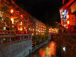 Lijiang - Lijiang by night