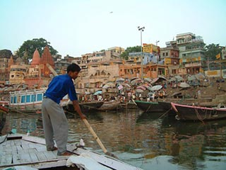 Boot op de Ganges in Varanasi
