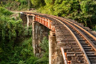 India - Rails, Nilgiri mountain, Mettupalayam  (Ooty) - foto: Archief