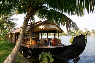 India - Boot restaurant, Kerala backwaters - foto: Archief