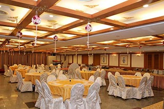 Taiwan - Tainan Dynasty hotel dinnerzaal - foto: Marloes