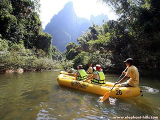 Khao Sok - kanoën in Thaise jungle - foto: Elephant Hills