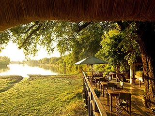South Luangwa - Kapani Lodge in South Luangwa