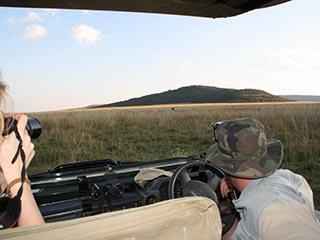 op safari in Kololo - foto: Esther van den Berg
