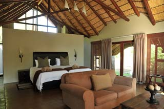 Zuid-Afrika - suite Black Rhino Game Lodge - foto: Archief